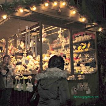 Stand di Pasar Natal