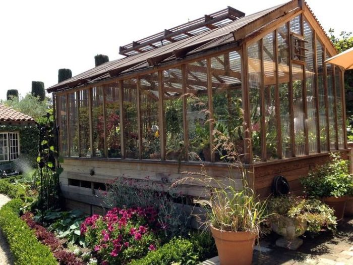 Greenhouse impian. sumber foto : https://www.pinterest.com/pin/395824254723113258/