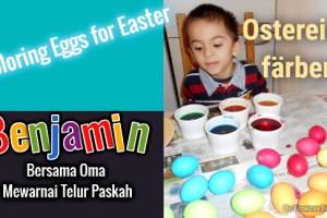 Benjamin dan Oma Mewarnai Telur Paskah dengan Cat Air