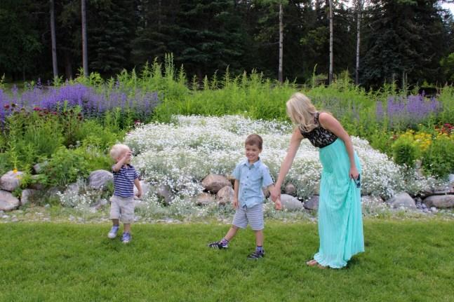 Motherhood Canada Banff Harper's Hats Love 1