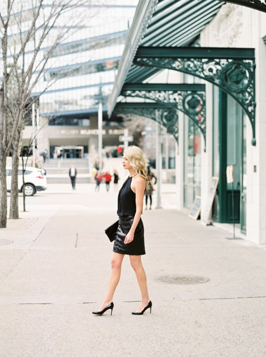 Black cocktail dress for date night outfit