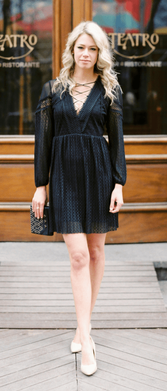 Nude heels elongate legs! Tips on how to wow in cocktail attire. Black lace tulle dress.