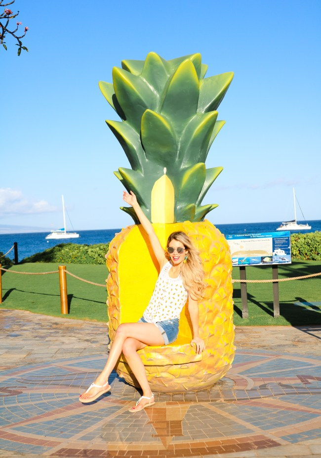 Instagrammable MAUI - Whaler's Village Pineapple!