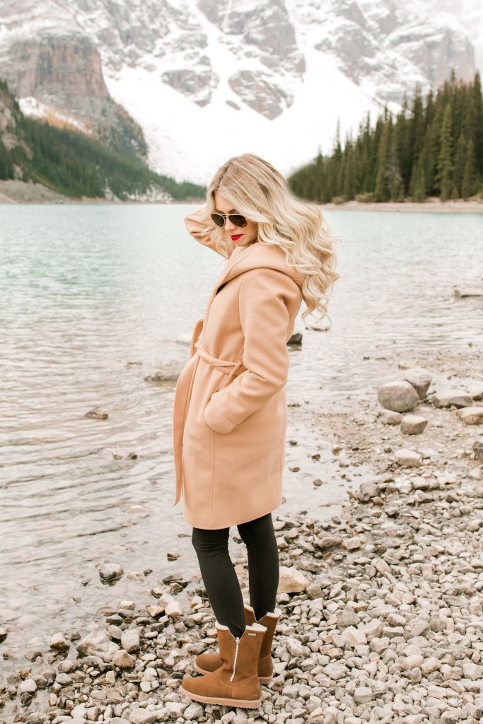 Chicwish Jacket and Emu Boots - Fall fashion outwear ideas - winter outfit #ootd #fashion #canada