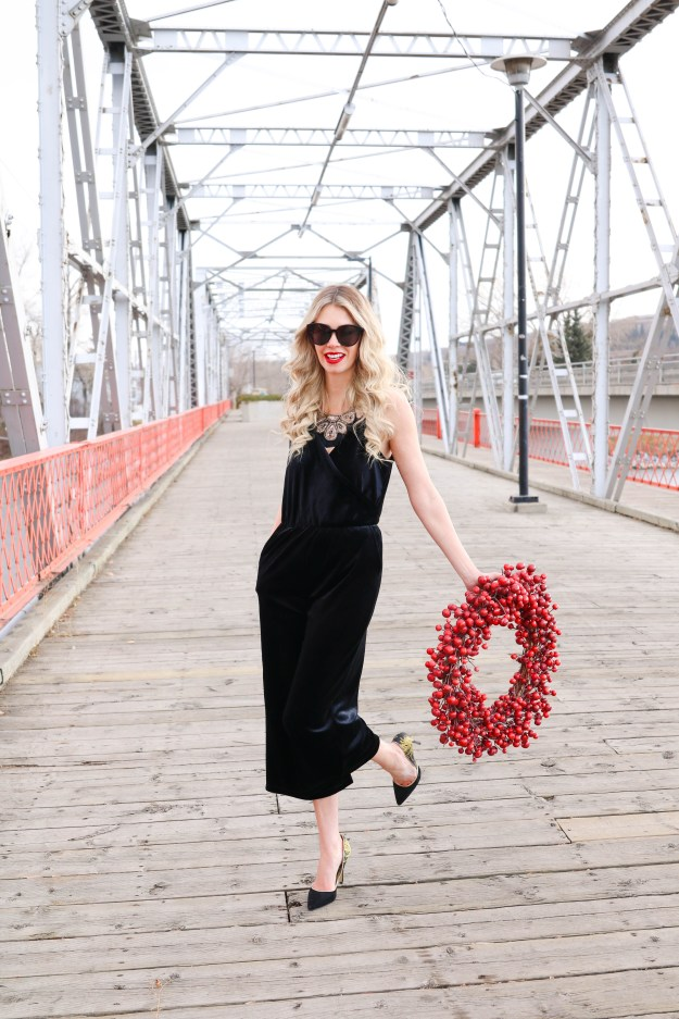 Style for a Steal! What to wear for the holidays and spend less than $50!