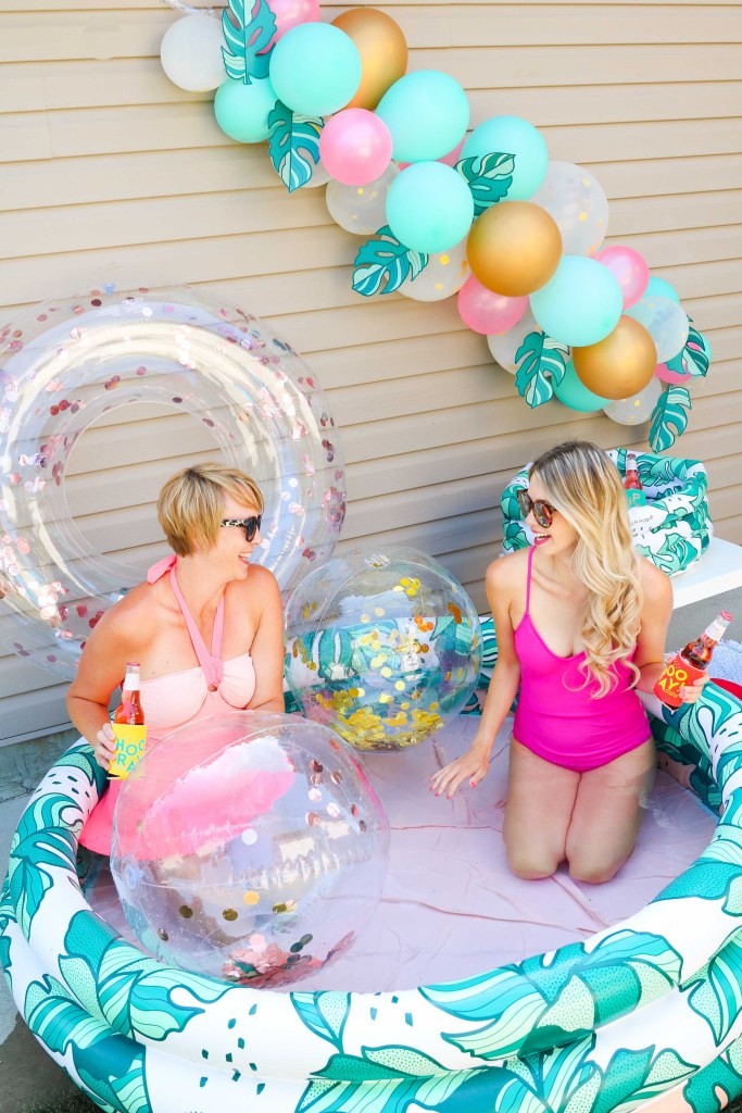 How to Throw a Minnidip Pool Party this summer!