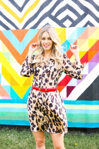 Fall Hair Styles - hair tutorial for 2019 - how to cut and style a long bob - leopard dress - #fashion #style #hairstyles #hairtutorial
