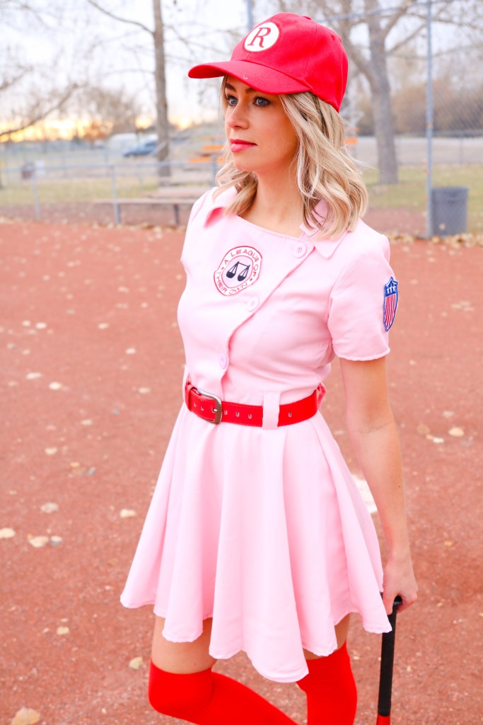 Halloween Costume ideas for women- tasteful costume - baseball uniform costume - A League of Their Own - #halloween #costume #costumeideas #halloweencostume #baseball