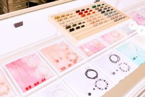 Hillberg & Berk Sparkle Ball earrings - kiosk in Southcentre Mall