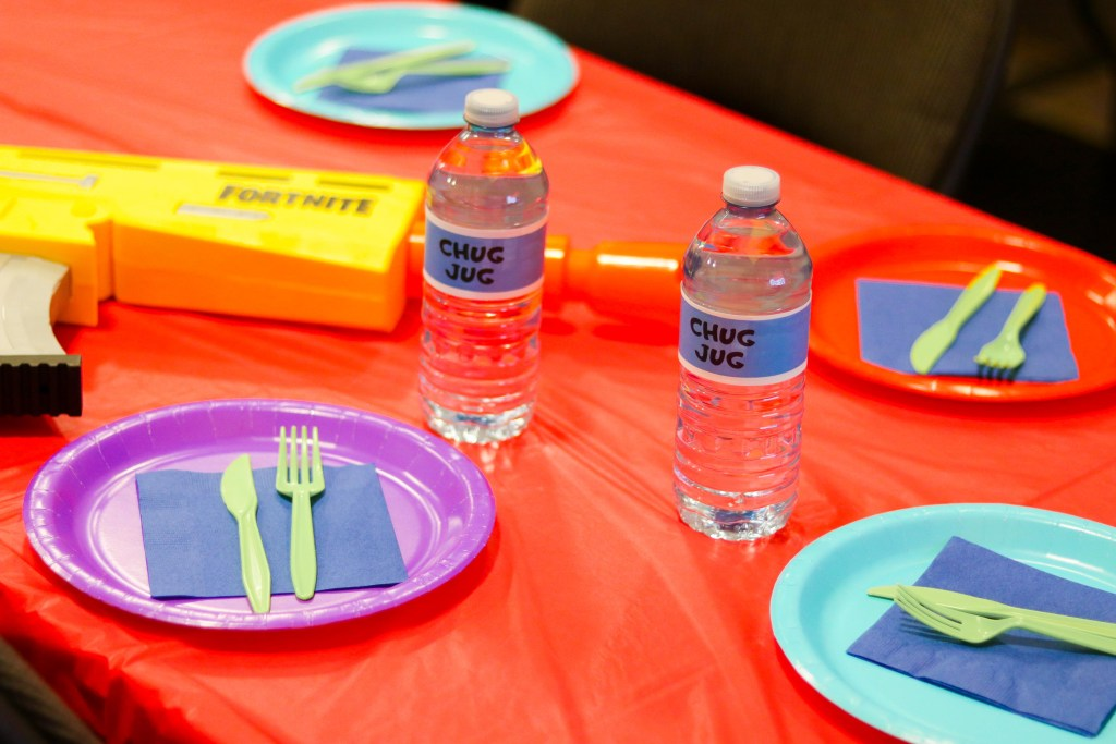 Fornite Birthdya PArty Ideas - Chug Jugs with free printable labels