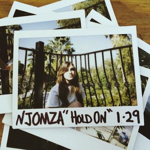 Njomza Hold On
