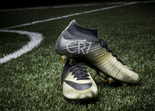 Mercurial CR7 Rare Gold Boots