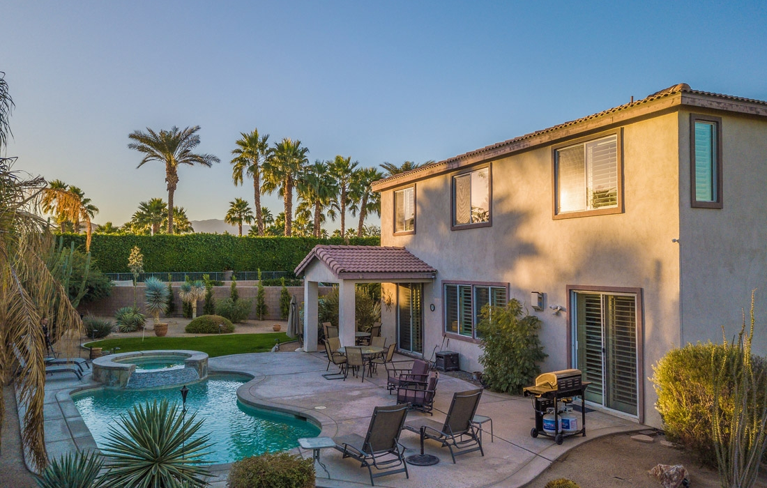 Greta Gallery House Palm Vacation Rentals Indio Valley Air BnB VRBO_40