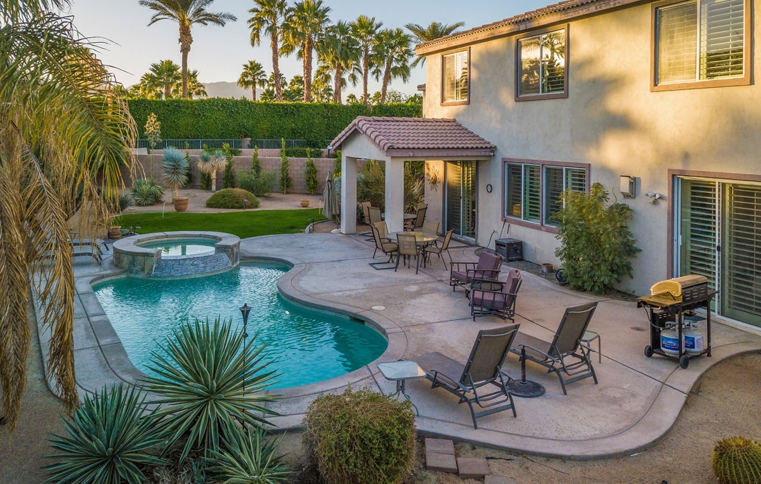Greta Gallery House Palm Vacation Rentals Indio Valley Air BnB VRBO_41