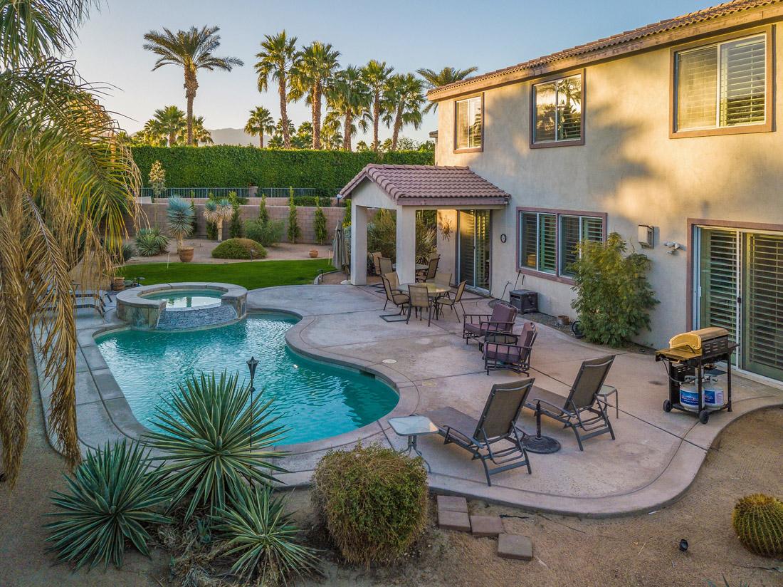 Greta Gallery House Palm Vacation Rentals Indio Valley Air BnB VRBO_41