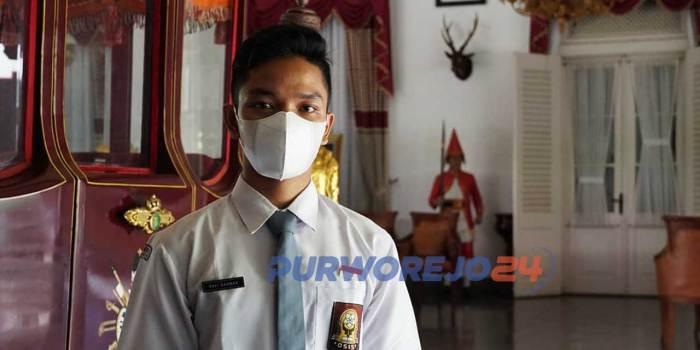 Rafi Rahman, siswa SMA Negeri 1 Purworejo raih 10 karya terbaik dalam ajang Sayembara Penulisan Naskah Sandiwara Audio/Radio Berbahasa Jawa tingkat Nasional