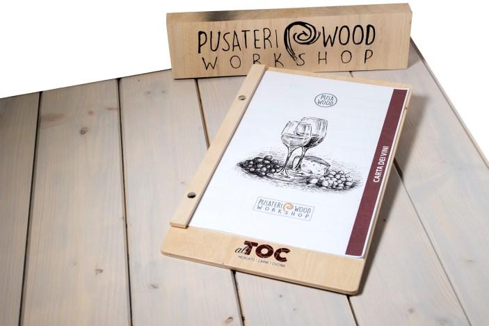 Portamenu di legno per fogli A4