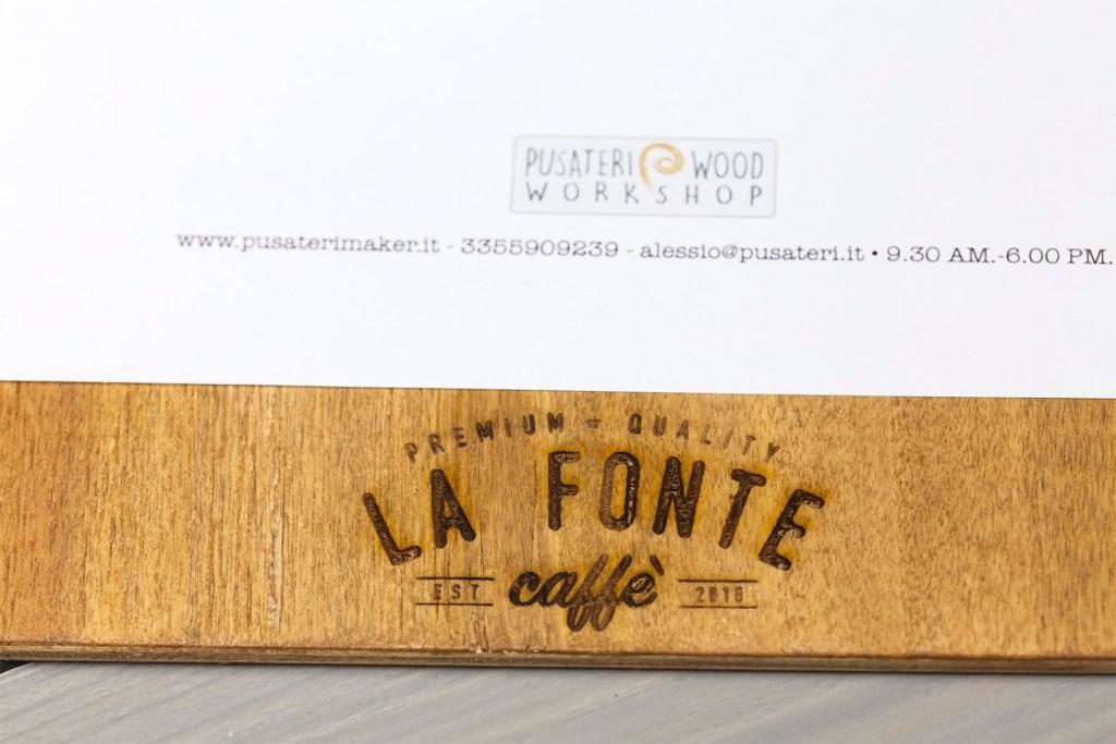 Etna portamenu di legno a 4 anelli per fogli A4