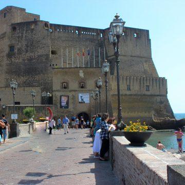 Interrailde yaptığım ilk hata: Pazar günü Napoli'de olmak