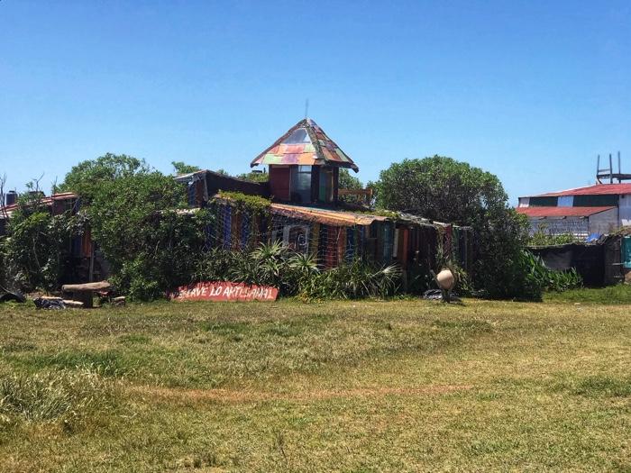 Orda bir köy var uzakta: Cabo Polonio