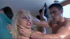 Melissa Pitanga gozando muito em orgia