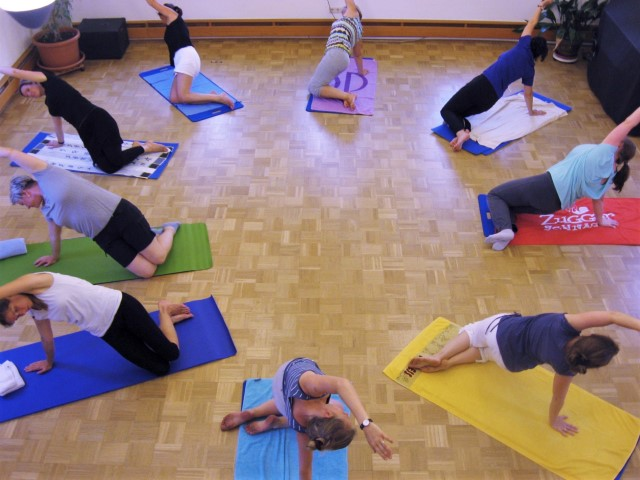 Pilates in Aktion