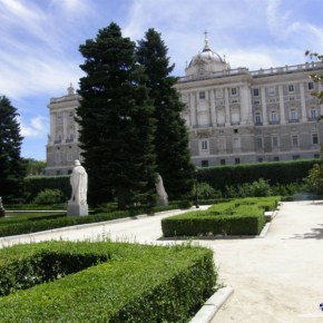 The Royal Palace of Madrid (Palacio Real) - Sabatini Gardens