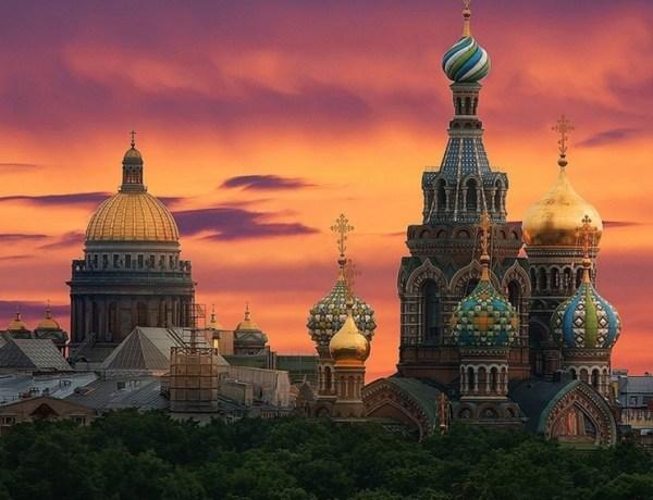 Bijele noći u St. Petersburgu – Povratne aviokarte iz Pule već od 149€