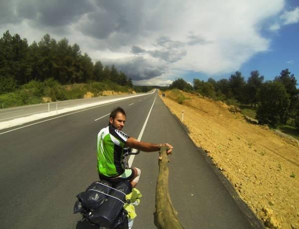 DADO DELIĆ – The Rolling Drifter: Biciklom kroz meridijane i paralele