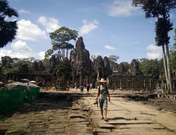 Prostranstvima Kambodže, 2. dio. – Angkor Wat, najveći hram na svijetu