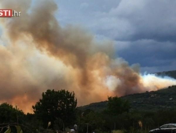 Zbog požara otkazana slijetanja u zračnu luku Split