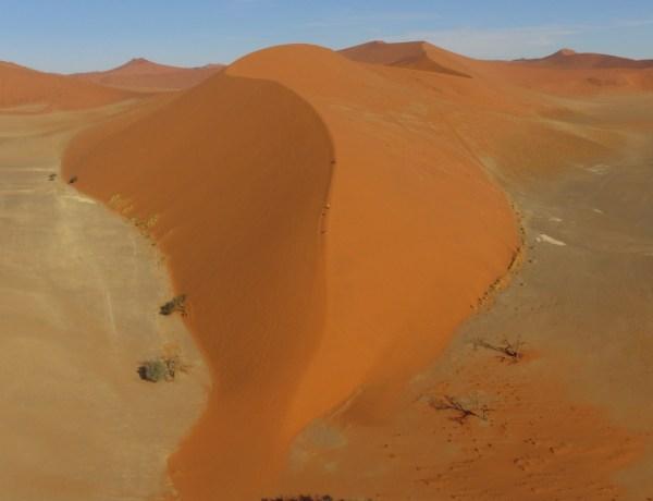 Selfie drone - Dune 45 - Namibia
