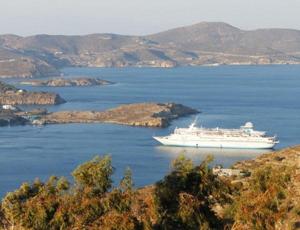 Krstarenje: Pirej-Mykonos-Efez-Patmos-Rodos-Kreta-Santorini-Pirej