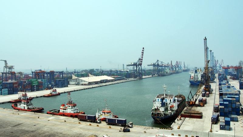Berkunjung Ke Pelabuhan Tanjung Priok Yang Kini Semakin Modern