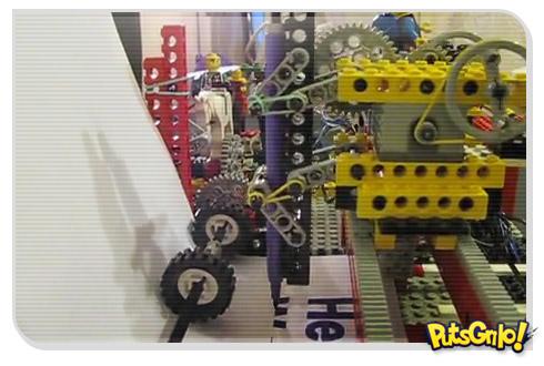 Impressora feita de Lego