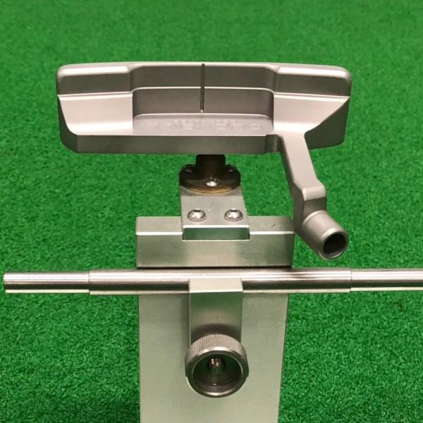 一般的なピン型の重心位置
