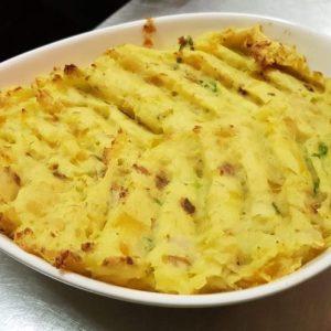 Brandade van aardappel met roodbaars en rucola