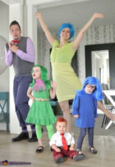 Family Costume Puyallup