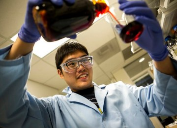 New lithium-ion battery technology prevents fires with nanofibers extracted from Kevlar