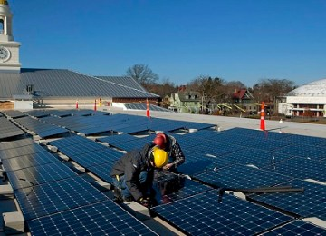 The United States will add a record 9.1GW of solar power in 2015