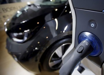 Solar electricity and electric cars go together like cheese and wine