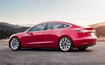 Tesla cuts its workforce by 7 percent to reduce the price of the Model 3