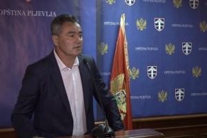 "Milan Lekić: Radnike ""Vodovoda"" od 2016. do danas zakinuli za pola miliona evra"