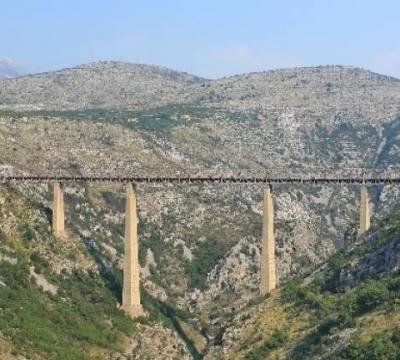 Most na Maloj rijeci: NAJVISOČIJI željeznički most u Evropi koji nikoga ne može ostaviti ravnodušnim!