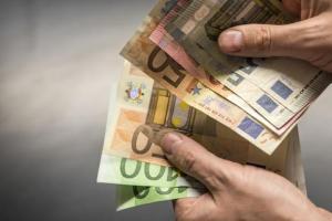 Crna Gora ima najmanji rast zarada u regionu