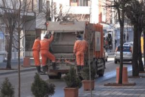 Problemi u radu Čistoće na odvozu smeća u pojedinim ulicama