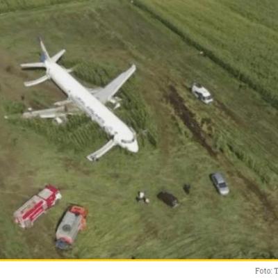 Pao na prijemnom u pilotskoj školi pa završio pravo: Ko je pilot koji je spustio Erbas u polje kukuruza?