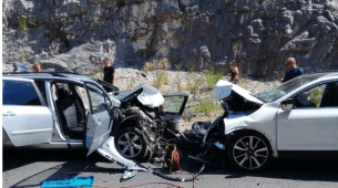 Težak udes kod Sozine, dvije  osobe poginule, nekoliko povrijeđenih
