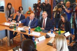 Hrapović: Povećanje plata medicinarima izvjesno; Radunović: Zahtjevi sindikata nerealni