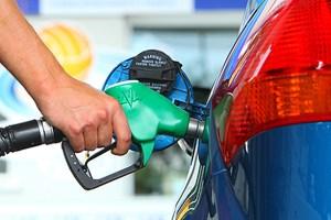 PRIVREDNICI: Država da smanji akcize na gorivo